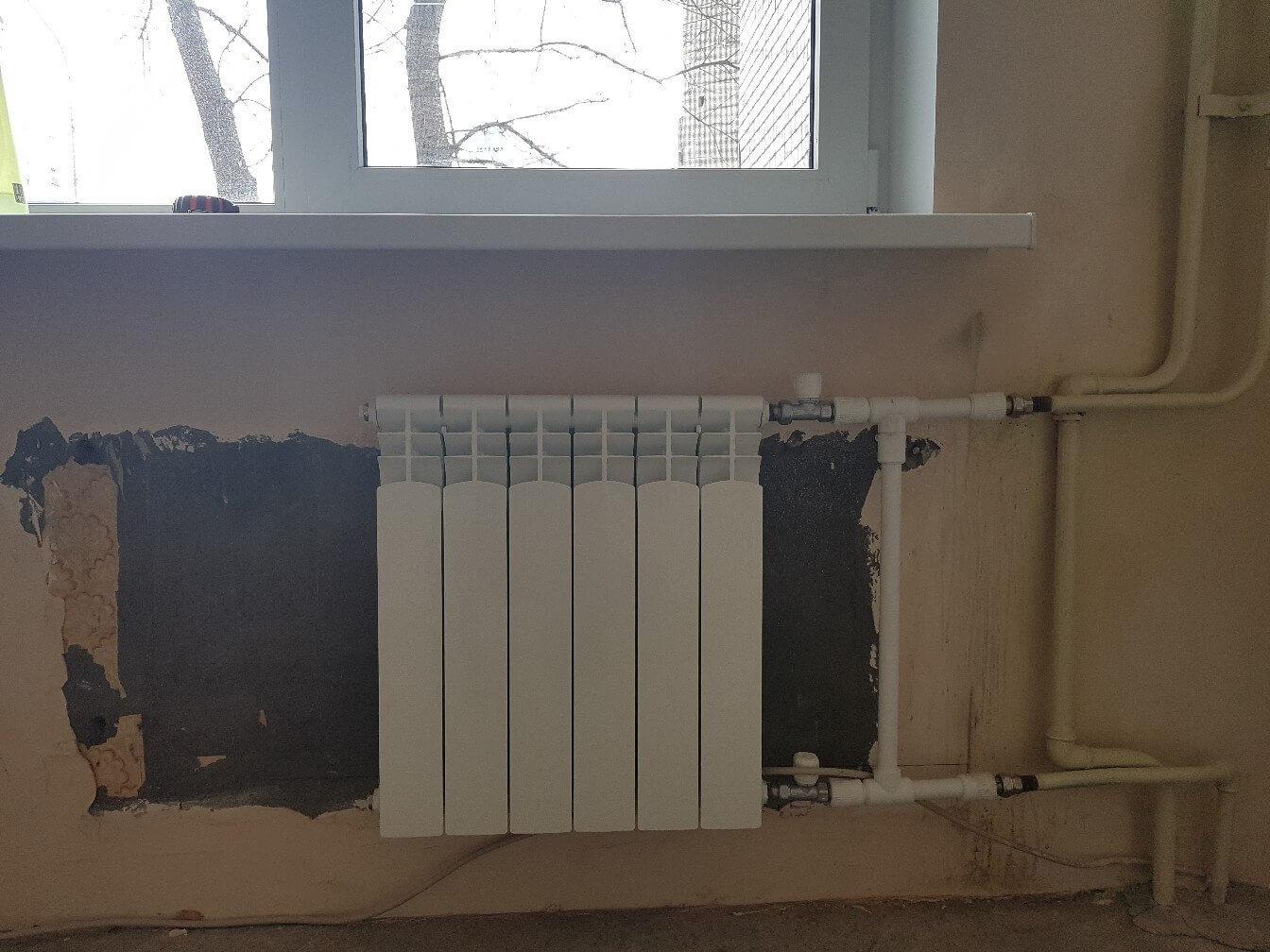 20181904-zamena-radiatora-otopleniya-1.jpg