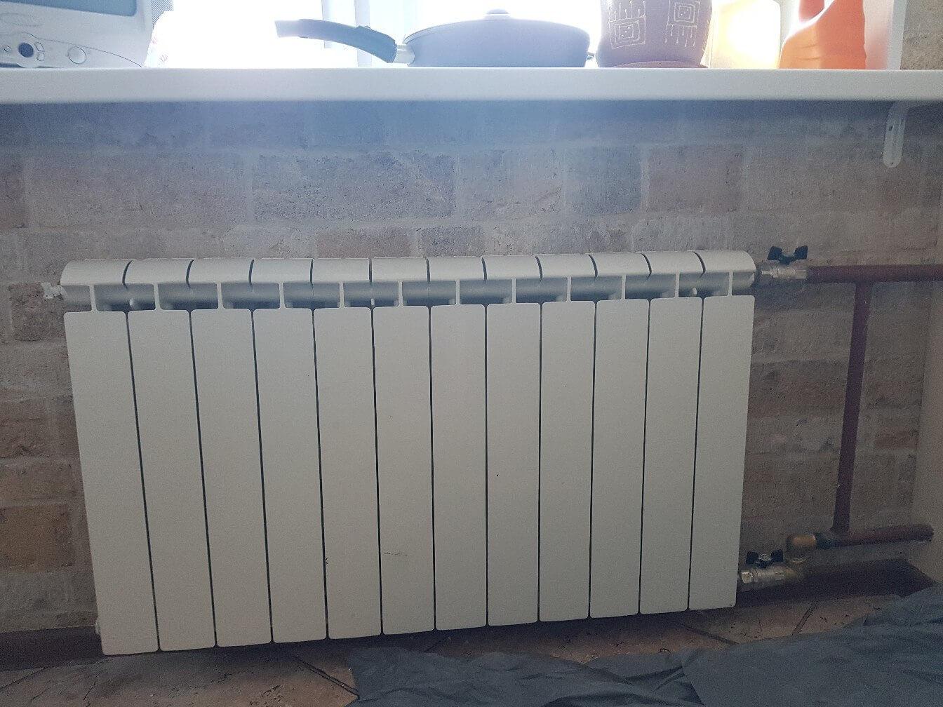 20182102-zamena-radiatora-otopleniya.jpg